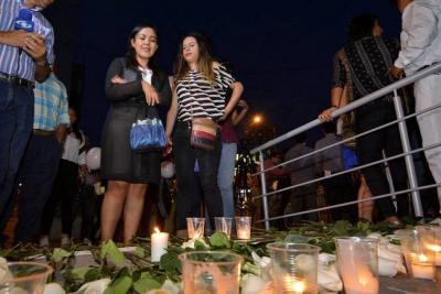 Cuerpos de periodistas ecuatorianos asesinados fueron entregados a sus familias