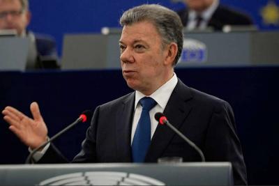 """Santos cuestiona """"constitucionalidad"""" de modificaciones del Senado a la JEP"""
