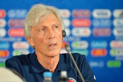 """""""Nos jugamos la clasificación, hay tensión, pero hay que convivir con ella"""": Pékerman"""