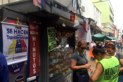 Envío de dinero a Venezuela, el negocio de las calles de Bucaramanga