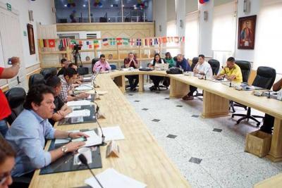 Concejo sienta al banquillo al gabinete de Darío Echeverri