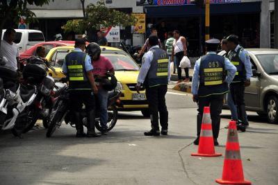 Tránsito impuso 16 comparendos por infringir nuevo Pico y Placa en Bucaramanga