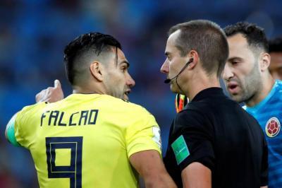 El polémico arbitraje de Mark Geiger en el partido de Colombia ante Inglaterra