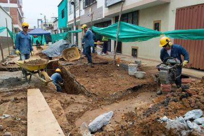 Avanzan obras de renovación de alcantarillado en Bucaramanga
