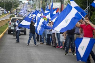 En medio de crisis, policía de Nicaragua sitia comunidad indígena