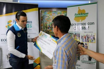 Créditos desembolsados a microempresarios alcanzó los 135 millones de pesos