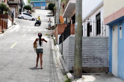 Demolerán construcciones hechas sobre los andenes en Bucaramanga