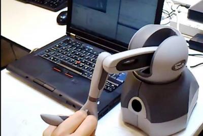 KUKA: el robot de teleentrenamiento que beneficia el sector salud