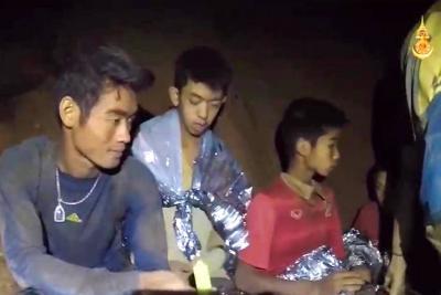 Así fueron los 17 días que los niños vivieron atrapados en la cueva