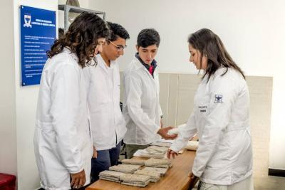 Papel periódico sería utilizado como material de construcción en Santander