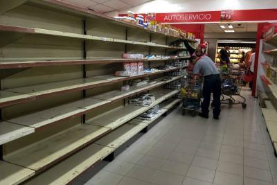 Venezolanos hacen mercado 'online' desde Colombia