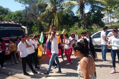 Protesta estudiantil se trasladó a vía Bucaramanga – Barrancabermeja