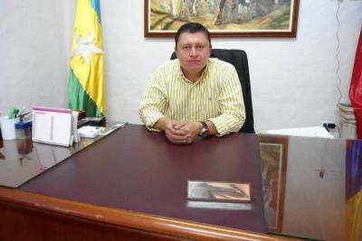 Imputan cargos por prevaricato por omisión a exalcalde Iván López Vesga