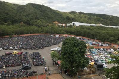 Plantean estrategias para 'liberar' patios de Tránsito de Bucaramanga