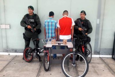 Capturan dos presuntos atracadores de taxista en Bucaramanga