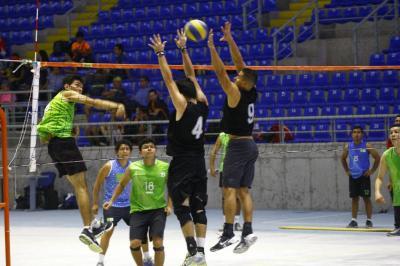 El voleibol empieza a renacer en Santander