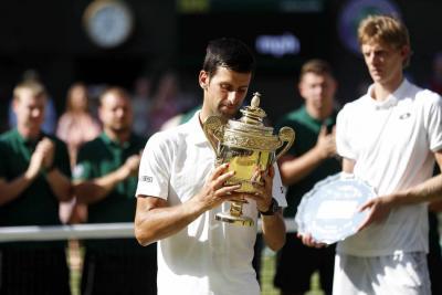 Djokovic venció a Kevin Anderson y conquistó Wimbledon por cuarta vez