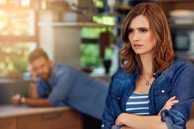 ¿Es verdad que las mujeres inteligentes ya no se casan?