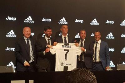 Juventus presentó a Cristiano Ronaldo como su nueva 'estrella'
