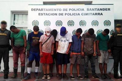 Capturan a 10 personas por desvalijar un puente en Santander