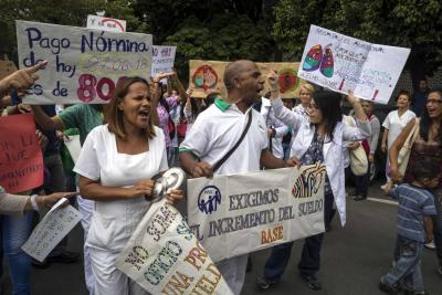 """Maduro anuncia """"gran misión cuadrantes de paz"""""""