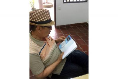 Escritor local atravesó la barrera de los 30 libros