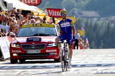Llegó la montaña al Tour y el Sky impuso su ritmo
