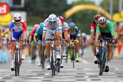Sagan logra el triplete y Thomas sigue líder en Tour de Francia