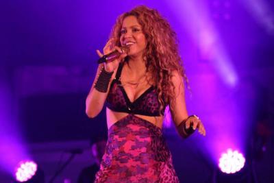 Shakira no pudo viajar, por problemas técnicos en su avión