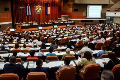 Cuba elimina 'comunismo' de la nueva Constitución