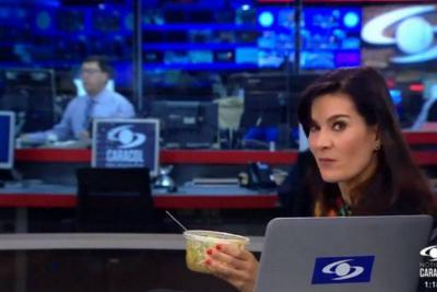 Vanessa de la Torre es viral en redes con su 'pillada' almorzando