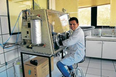 Todo un doctor en  ingeniería de materiales