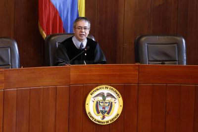 Los dos magistrados que estarán al frente de las investigaciones contra Álvaro Uribe Vélez