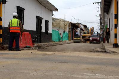 Gobernador visita hoy obras en zona urbana de Piedecuesta