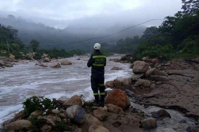 Hay 'Alerta Roja' por crecidas de diez ríos en seis municipios de Santander