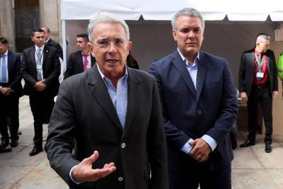Incierto papel de Uribe en el gobierno Duque tras eventual salida del Senado