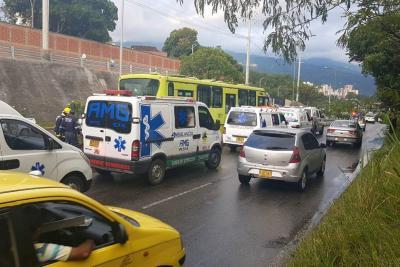 Reportan emergencia en  bus de Metrolínea en Floridablanca