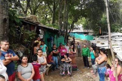 Sin novedades se cumplió traslado de familias en riesgo en San Gil, Santander