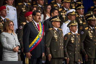 Maduro salió ileso tras intento de atentado en un acto público