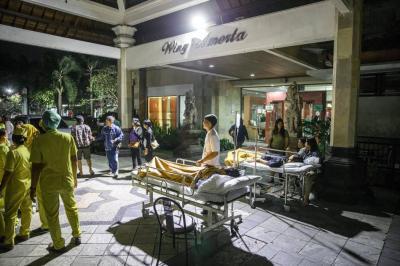Aumentan muertos por terremoto en Indonesia