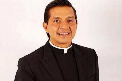 Padre 'Chucho' se retracta y dice que no fue llamado a exorcizar la Casa de Nariño