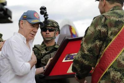 """""""Estaba en cosas más importantes"""": Santos a Maduro tras acusación sobre presunto atentado"""