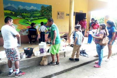 Arte y embellecimiento para las escuelas rurales