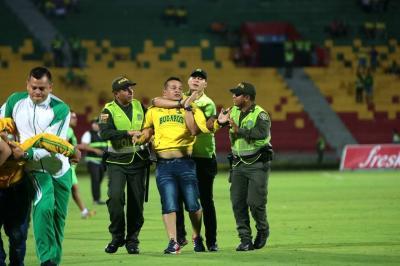 Atlético Bucaramanga no será sancionado por hinchas que invadieron la cancha