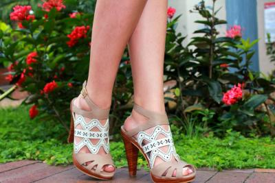 Camila Oviedo, calzado personalizado