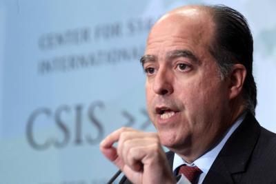 Ordenan detención del opositor Julio Borges por atentado a Maduro