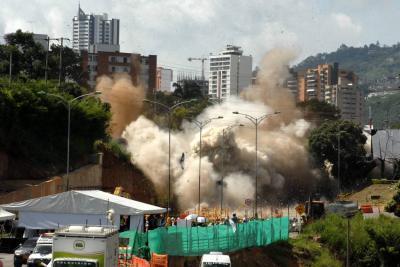 Puente de Papi Quiero Piña será derribado con explosivos