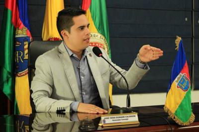 Amenazan de muerte a Concejal del Centro Democrático en Santander