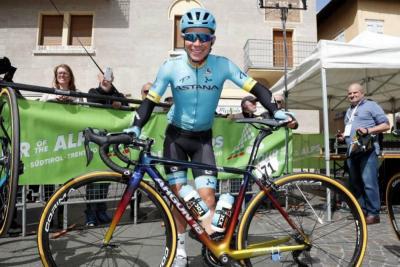 Miguel Ángel López ganó la etapa 3 de la Vuelta a Burgos y es líder
