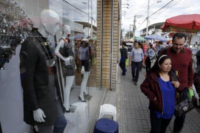 Gasto de los hogares sigue en aumento, según Raddar